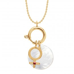 Náhrdelník s Lapačem emocí, přívěskem Venuše s rubínem a medailonkem z perleti