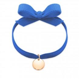 Náramek s pozlacenou medailí na modré stužce