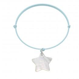 Náramek s hvězdičkou z perletě na tenkém světle modrém provázku