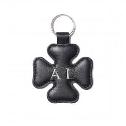 Personalizovaná klíčenka ve tvaru čtyřlístku, černá, stříbrné kování