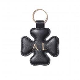 Personalizovaná klíčenka ve tvaru čtyřlístku, černá, zlaté kování