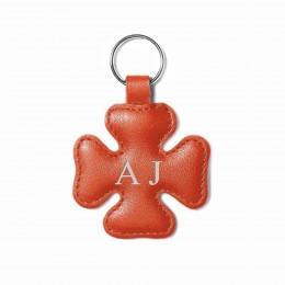 Personalizovaný přívěsek ve tvaru čtyřlístku, oranžový, kování ve stříbrné barvě