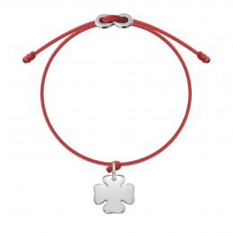 Náramek se stříbrným čtyřlístkem a zapínáním  Infinity na tenkém  červeném provázku